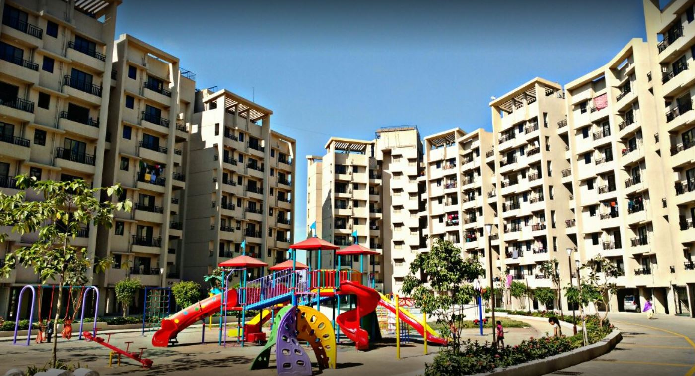2 BHK Flats For Sale in Kalyan – Raunak City